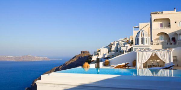 Επανεκκίνηση τουρισμού από 1η Ιουλίου: Προβληματισμός από ξενοδόχους