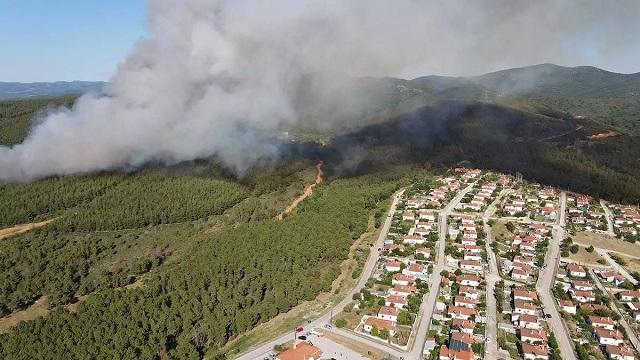 Μεγάλη φωτιά στις Σάπες Ροδόπης: Έφτασε δίπλα σε σπίτια