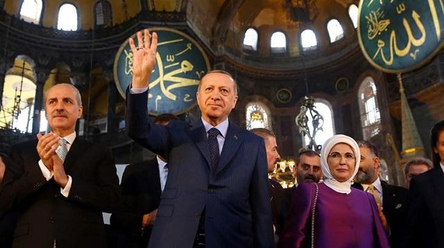Παγκόσμια οργή για την απόφαση Ερντογάν για την Αγιά Σοφιά