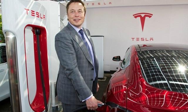 O Elon Musk 7ος πλουσιότερος άνθρωπος στον κόσμο