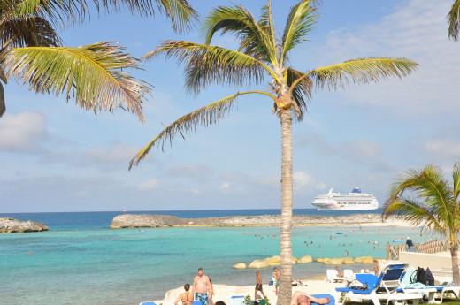 Οι Μπαχάμες απαγορεύουν την είσοδο σε Αμερικανούς - Λόγω έξαρσης του κορωνοϊού