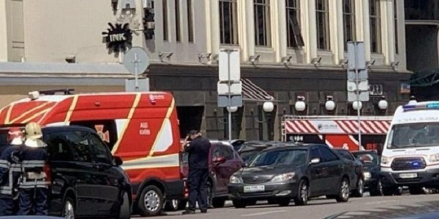 Η ουκρανική αστυνομία συνέλαβε άνδρα που κρατούσε όμηρο σε τράπεζα του Κιέβου