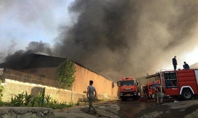 Μεγάλη πυρκαγιά σε βιομηχανική ζώνη κοντά στην Τεχεράνη