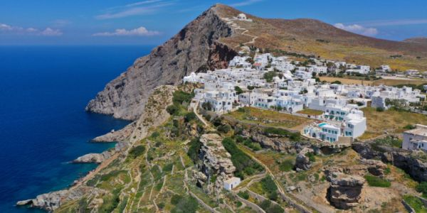 CNΝ: Γιατί η Ελλάδα είναι ο καλύτερος ευρωπαϊκός προορισμός για διακοπές φέτος