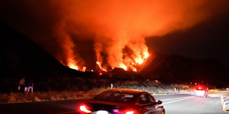 Καλιφόρνια: Πυροστρόβιλος σαρώνει τα πάντα [βίντεο]