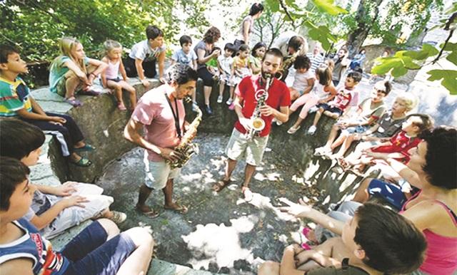 Μουσικό Χωριό στον Αγιο Λαυρέντιο σε δράση