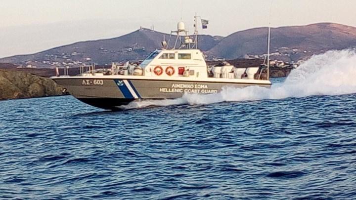 SOS από σκάφος με δεκάδες μετανάστες ανοικτά του Κυπαρισσιακού Κόλπου