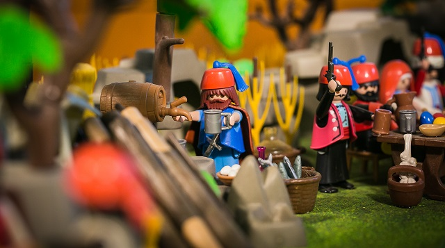 Η επανάσταση του 1821 με φιγούρες Playmobil στο μουσείο Τσαλαπάτα