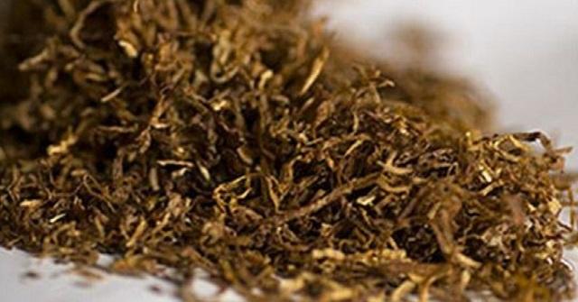Σύλληψη στον Βόλο για κατοχή αφορολόγητων πακέτων τσιγάρων και καπνού
