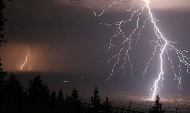 Έκτακτο δελτίο της ΕΜΥ - Πού θα χτυπήσουν ισχυρές καταιγίδες