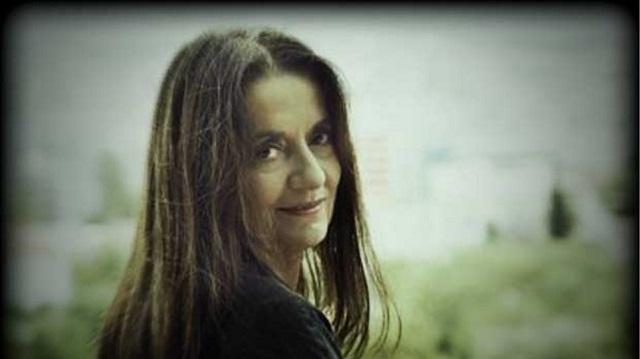 Η Ελένη Καραΐνδρου παρουσιάζει το έργο της