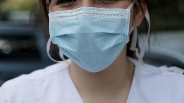 Επεσαν πρόστιμα για μη χρήση μάσκας σε Βόλο και Αλμυρό
