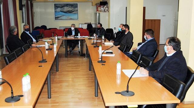 Κοινό διεκδικητικό πλαίσιο Δημάρχων και Περιφερειάρχη για τις αποκαταστάσεις ζημιών από τον «Ιανό»