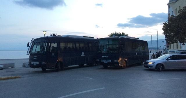 Οργισμένοι οι αστυνομικοί της Μαγνησίας για έλλειψη μέτρων προστασίας στις επιχειρήσεις για το Πολυτεχνείο