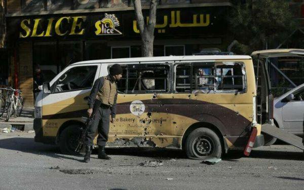 Τουλάχιστον οκτώ νεκροί από ρίψη ρουκετών σε κατοικημένες περιοχές στην Καμπούλ