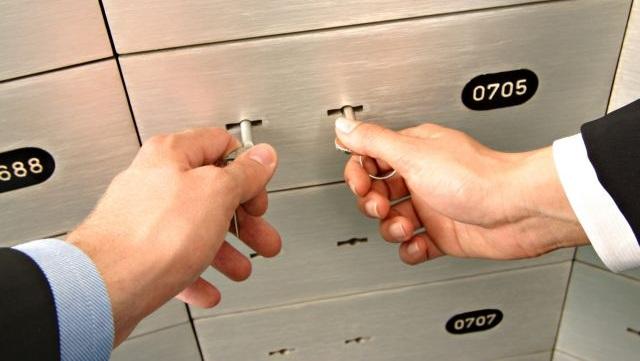 Κινηματογραφική κλοπή από θυρίδες τράπεζας στο Νέο Ψυχικό