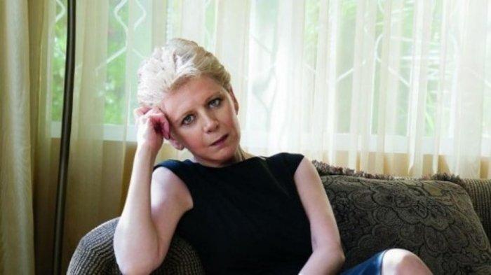 Η Έλενα Ακρίτα για τη σεξουαλική κακοποίηση της Σοφίας Μπεκατώρου: Αντί να την θάβετε, φροντίστε...