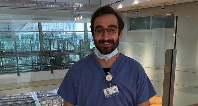 Στην πρώτη γραμμή των Κλινικών covid στο Λονδίνο γιατρός από το Στεφανοβίκειο
