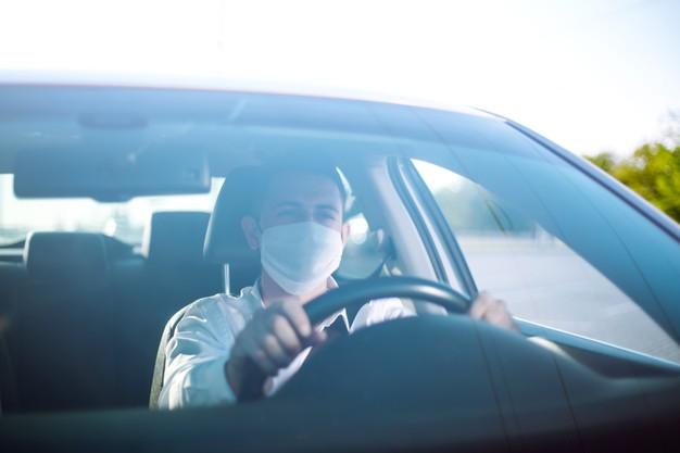 Lockdown: Πόσα άτομα επιτρέπονται σε ΙΧ –Πότε είναι υποχρεωτική η μάσκα