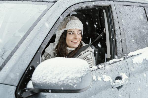 Τα μυστικά της οδήγησης στο χιόνι, για να βγούμε ...ασπροπρόσωποι!