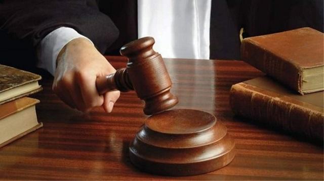 Κίνα: Δικαστήριο τον υποχρέωσε να καταβάλει στην πρώην σύζυγό του αποζημίωση για τις δουλειές του σπιτιού