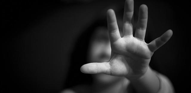 Συνελήφθη παράγοντας της κολύμβησης - Καταγγελίες για σεξουαλική κακοποίηση παιδιών