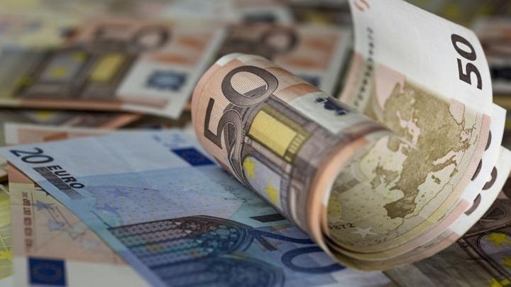 Ξεκίνησαν οι αιτήσεις για το επίδομα των 3.000 ευρώ: Ποιοι είναι οι δικαιούχοι