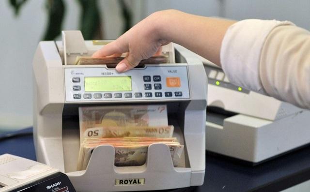 Πώς και γιατί η πανδημία αύξησε τις τραπεζικές καταθέσεις – Τι αποκαλύπτει έρευνα
