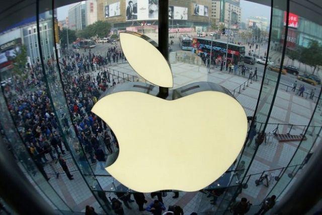 Η Apple εγείρει ερωτήματα για τα σχέδιά της στην ηλεκτροκίνηση