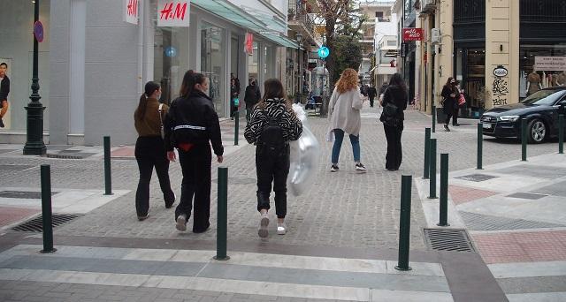 Εμποροι του Βόλου: «Η αγορά δεν λειτουργεί με περιορισμούς»