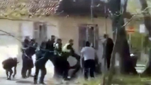 Πατέρας και γιος καταγγέλλουν ξυλοδαρμό από αστυνομικούς