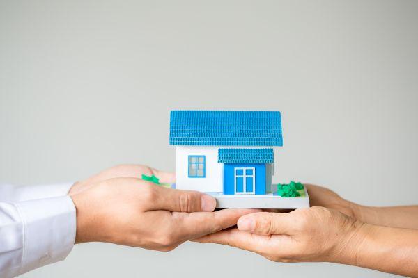 Τα πέντε «κλειδιά» που ξεκλειδώνουν τις διπλές αποζημιώσεις για τα κουρεμένα ενοίκια