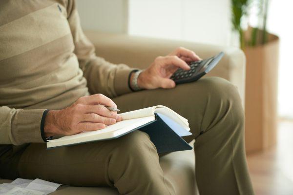 Προκαταβολές - αναδρομικά: Πότε θα κάνουν... Ανάσταση οι συνταξιούχοι