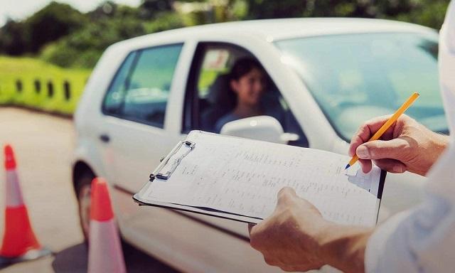 Ανοίγουν από Δευτέρα οι σχολές οδηγών -Ολα τα μέτρα
