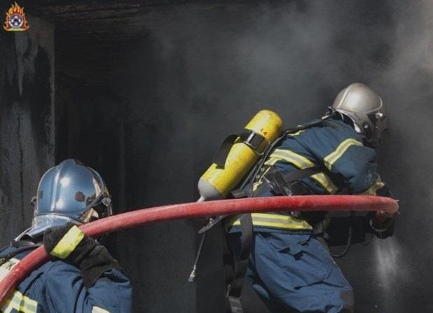 Πυρκαγιά σε αποθήκη με κυψέλες μελισσών στην Κάτω Γατζέα
