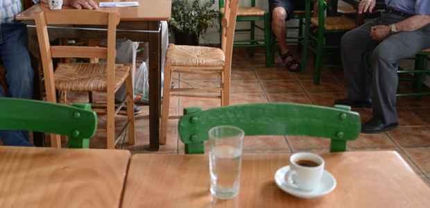 Πρόστιμο 3.000 ευρώ σε ιδιοκτήτη  καφέ -ουζερί στον Πτελεό