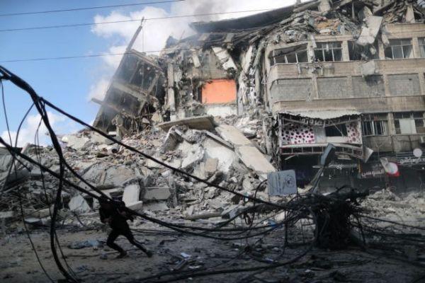 «Κόλαση» σε Ισραήλ και Γάζα: Καταιγισμός από ρουκέτες – Δεκάδες νεκροί