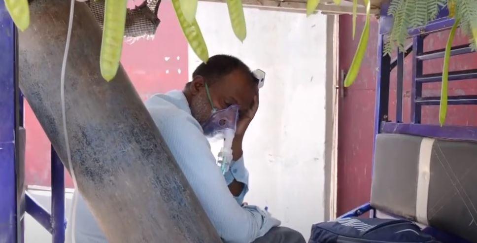 Κορονοϊός: Πεθαίνουν από ασφυξία λόγω έλλειψης οξυγόνου στο Νεπάλ – Χειρότερη η κατάσταση & από Ινδία
