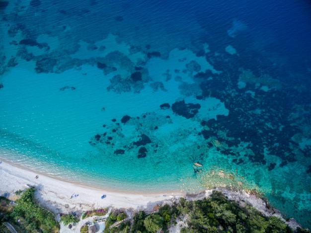 Ιταλία: Εκθειάζει τα ελληνικά νησιά ο Τύπος της γειτονικής χώρας