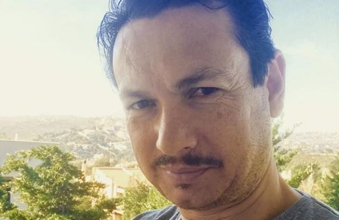 Σταύρος Νικολαΐδης: Νοσηλεύεται με κοροναϊό –Η φωτογραφία μέσα από το νοσοκομείο
