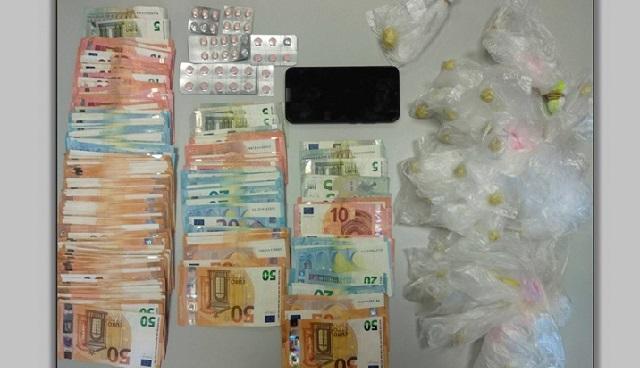 Εμποροι ναρκωτικών επιτέθηκαν με πέτρες στους αστυνομικούς στον Τύρναβο