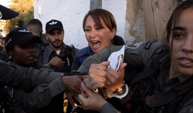 Ισραήλ: Ξυλοδαρμός και σύλληψη δημοσιογράφου που κάλυπτε το θέμα των εξώσεων Παλαιστινίων
