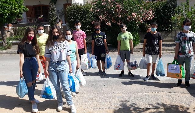 Σημαντική δωρεά μαθητών του Γυμνασίου Ευξεινούπολης σε δύο Οργανισμούς για παιδιά
