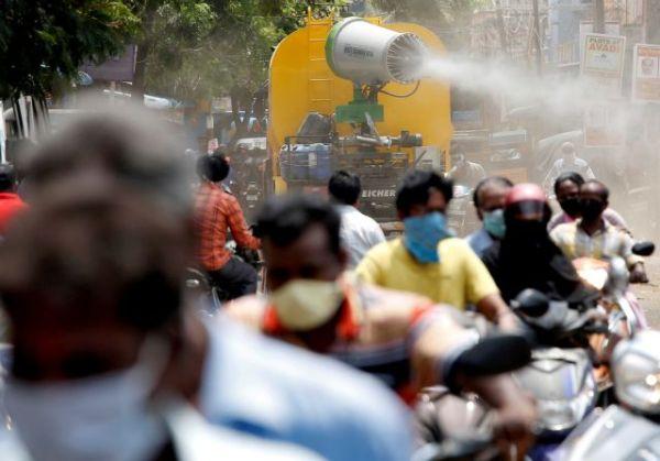 Ινδία: 2.219 θάνατοι και σχεδόν 92.600 κρούσματα κοροναϊού σε 24 ώρες