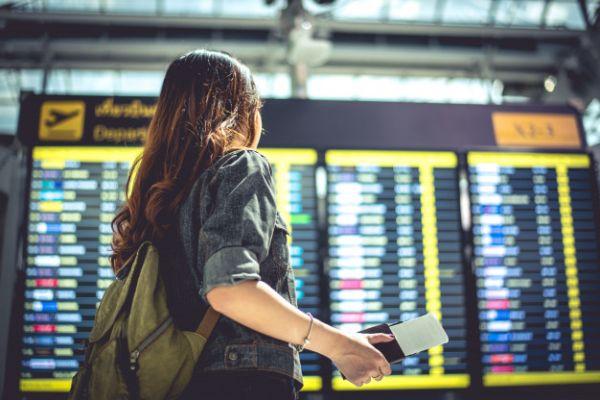 Γερμανία: Ποιες ελληνικές περιοχές έβγαλε από τη «λίστα κινδύνου» για ταξιδιώτες