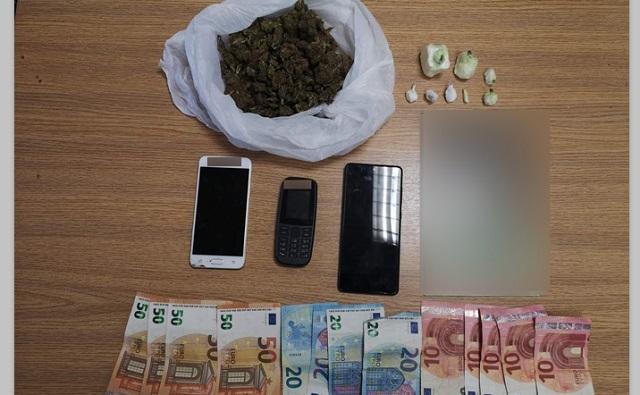 Σύλληψη στον Βόλο για διακίνηση κοκαΐνης και κάνναβης