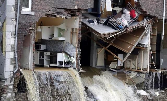Έλληνας στο Βέλγιο: Η εικόνα μετά τις πλημμύρες θυμίζει βομβαρδισμούς του Β' Παγκοσμίου Πολέμου