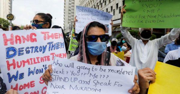 Πακιστάν: Οργή για τις γυναικοκτονίες μετά τη δολοφονία κόρης διπλωμάτη