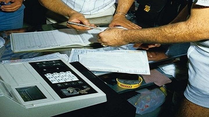 Λαβράκια από την Οικονομική Αστυνομία ~ Βεβαιώθηκαν παραβάσεις σε Σκιάθο και Βόλο