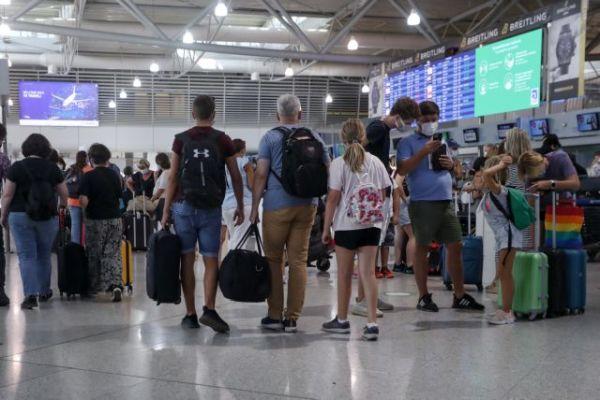 ΥΠΑ: Παράταση αεροπορικών οδηγιών πτήσεων εξωτερικού έως τις 19 Αυγούστου